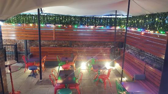Beer Gardens - mackenzies - The Guide Liverpool