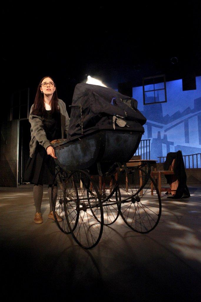 Twopence 2015 - Maria Lovelady as Helen. Credit David Munn (small)